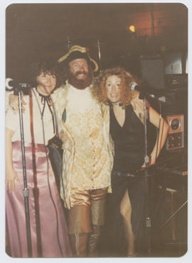 Ralf Jensen and two women at the Freaker's Ball