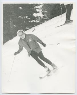 Cropped Version of Pierre Trudeau Skiing 1971
