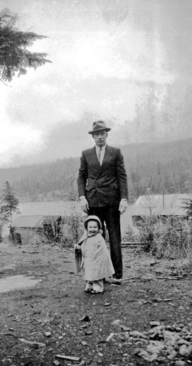 Wallace Betts with daughter, Louise