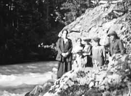 Jardine / Neiland family on the river bank