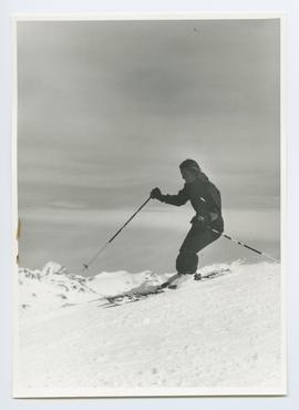 Woman Skiing (duplicate)