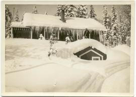 Family home at Rainbow Lodge in deep snow
